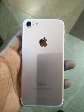 Apple iPhone 7 32 GB Rose Gold colour
