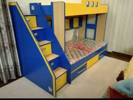 Triple bunk bed for kids
