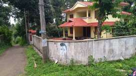 1 aker 20 cent with 2600 sqft House near meenangadi, two side tarroad