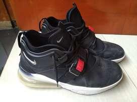 Jual Cepat Sepatu Nike Air Force 270. Mulus!