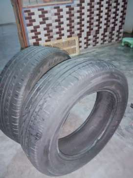 195/65/15 tyre.  2pic