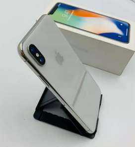 !!box pack apple phones 128gb sell good condition