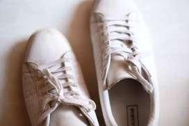 Sepatu Pull n Bear 44