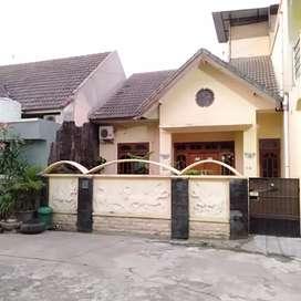 Disewakan Rumah/ Ruko buat kantoran & tempat tinggal
