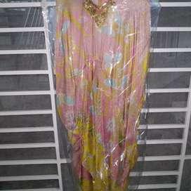Dress kaftan dari Annprada