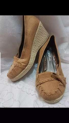 CUCI GUDANG!!! SALE Wedges Bata Size 38