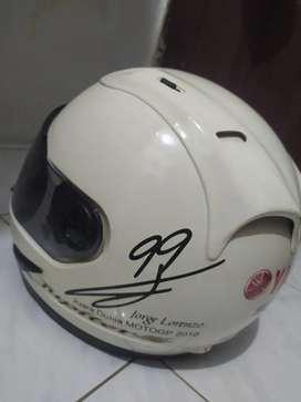 Helm yamaha fullface (ada TTD Lorenzo 99 bawaan pabrik)