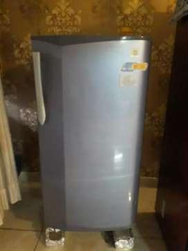Godrej axis 180 ltr fridge
