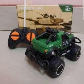 Mainan Remote Control Mini Mobil Jeep