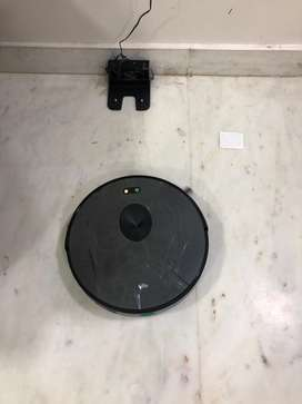 Trifo robot 3 in one vaccum, mop with cleaning tank