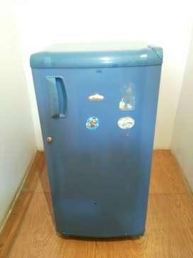 Whirlpool genius single door blue colour refrigerator
