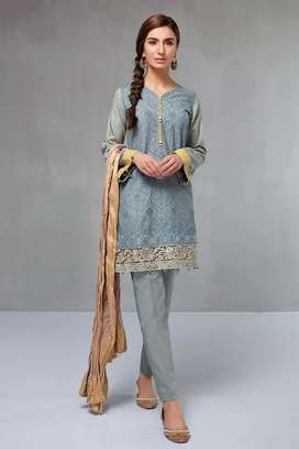 Lawn emb 3pc dres high quality febric availble at factory rates