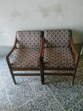 Wooden chairs 4 pieces
