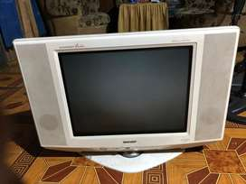 Tv Sharp tabung