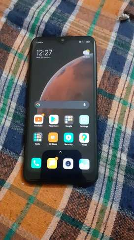 Redmi note 7pro 4gb 64gb. With extra 3.0 fast charger.