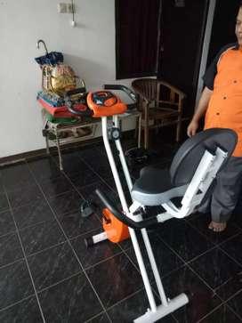 Sepeda fitness Excider Sandaran TL 920