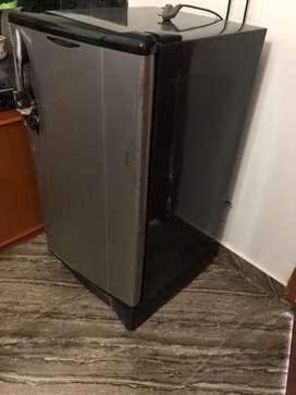 Videocon single door with freezer for sale