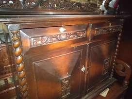 Bufet kayu jati kuno