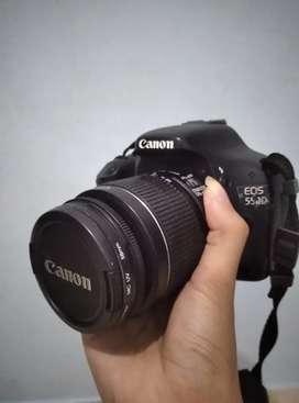 Canon 550D Kamera, Lensa, Charger, Tas