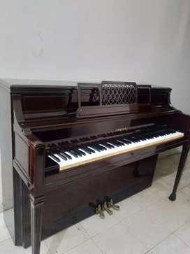 Piano Yamaha Antik M2D
