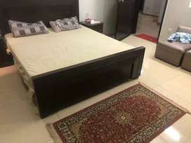 One bed Fully furnished available for executive.