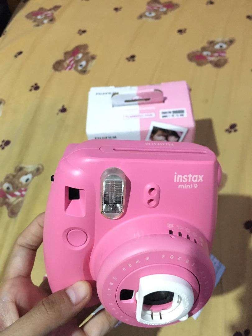 Kamera instax mini 9 warna flamingo pink ex pemakaian 3bln 0