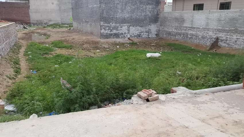 7 marla plot for sale in rahwali cantt mohala shraf pura. 0