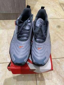 Sepatu Nike Airmax 720
