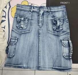 Rok Jeans Atas Lutut