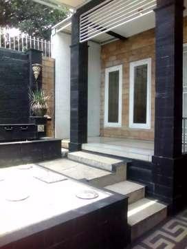 Rumah Pinggir Jalan Raya Ciganjur Jagakarsa Jakarta Selatan Dekat Tol