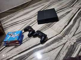 PS4 1tb with two joystick and games