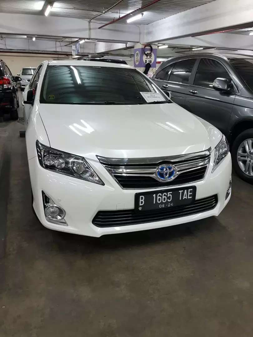 Totota Camry 2.5 hybrid 2014 AT 0