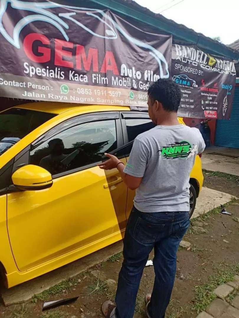 Kaca film Mobil Harga Murah Di Jakarta. 0