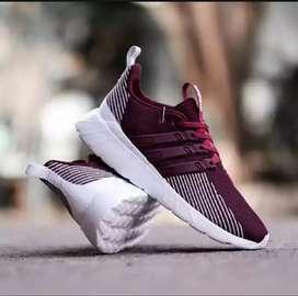 Sepatu Sneakers Pria / Wanita - Size : 38 - 44