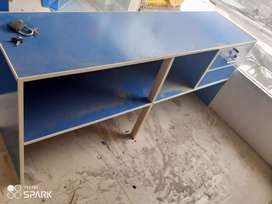 Shop counter for sale in new condition