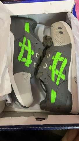 Sepatu Asics Gel Lyte 3 Ronnie Fieg Kith Super Green