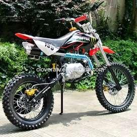 125 cc Motocross bike with petrol engine