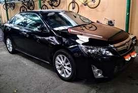 Toyota New Camry 2.5 L Hybrid AT 2014 Sporty Black