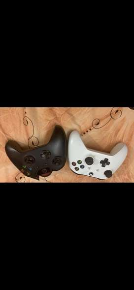 Xbox one and 2 controller