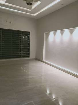 10 marla portion for rent like brand new