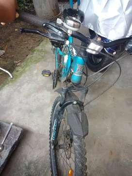 Hercules roaded gear cycle with dobel disk