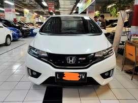 Honda jazz RS matic/At tahun 2014 warna putih