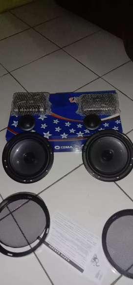 "Speaker split 6"""