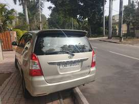 Clean innova 1 st owner new tyres