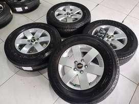 velg ban mobil captiva r16 warna silver