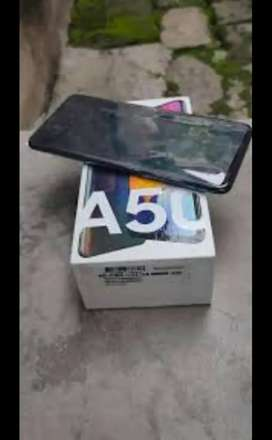 Samsung a50 6 ram 64 rom good condition argent money needs
