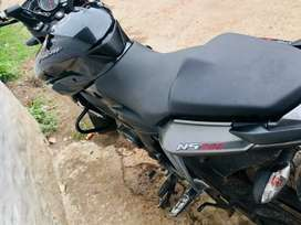 NS 200 only 4 months bike