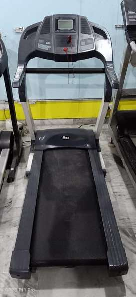 Gym cardio 2.5 hp AC moter one year old mrp 86000