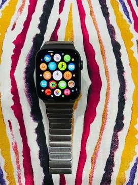 Apple watch series 4 44 mm GPS model