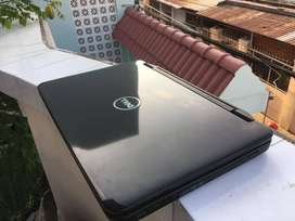 DELL Laptop ** good condition CORE i5 Available in Mumbai